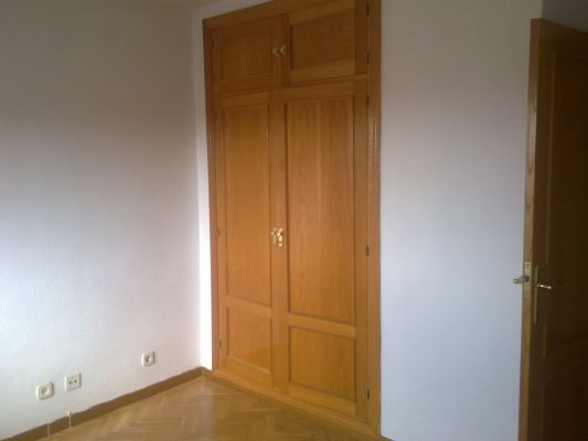 Presupuesto para pintar sal n pasillo y dormitorio de un for Presupuesto pintar piso 100m2