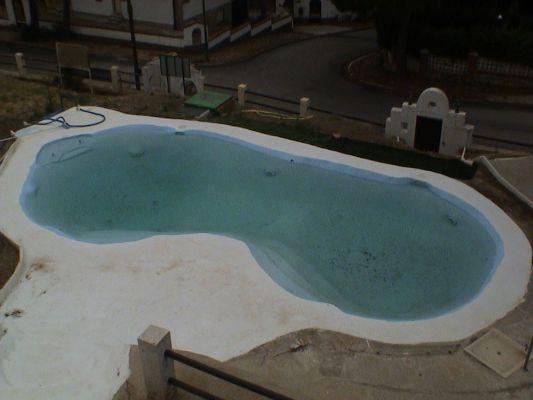 Presupuesto para recubrir piscina de poliester a piscina for Valor de una piscina de hormigon