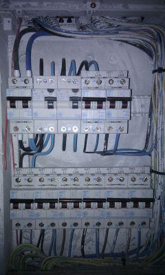 Presupuesto para instalar un interruptor diferencial con for Diferencial rearme automatico
