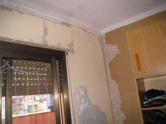 Presupuesto para pintar habitaci n techo y paredes y quitar de una de las paredes el papel - Precio por pintar una habitacion ...