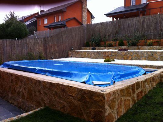 Presupuesto para poner suelo de piscina madera ipe en for Piscina galapagar