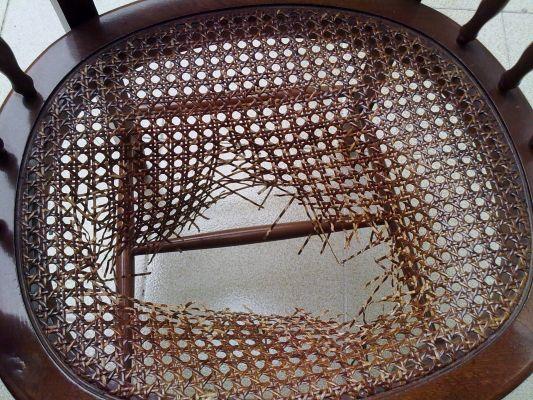 Presupuesto para reparar tapizar silla de mimbre en - Como arreglar el asiento de una silla ...