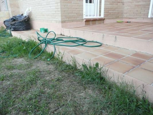 Presupuesto para cubrir de baldosas un patio exterior for Precio de baldosas para patio