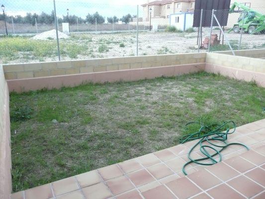 Presupuesto para cubrir de baldosas un patio exterior for Baldosas exterior precios