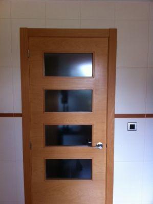 Presupuesto para cambiar puerta abatible por corredera con casoneto en paterna valencia - Casoneto para puerta corredera ...