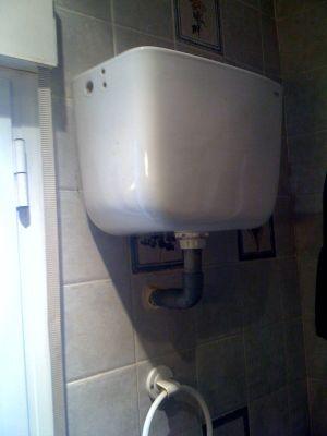 Cisternas antiguas de pared contenedores isotermicos - Cisterna empotrada ...