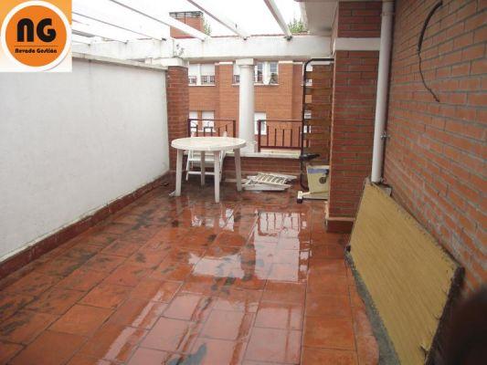 Presupuesto para cambiar baldosas de terraza exterior en for Baldosas para terrazas