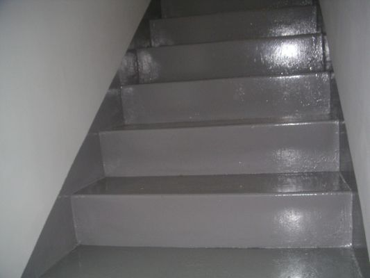 Servicios de contacto de manel gonz lez pintura - Pintura para escaleras ...